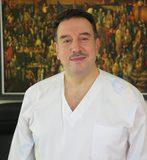 طبيب سامر حجاوي علاج طبيعي واصابات ملاعب في عمان
