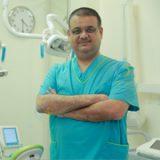 دكتور فؤاد العبادي اسنان في عمان